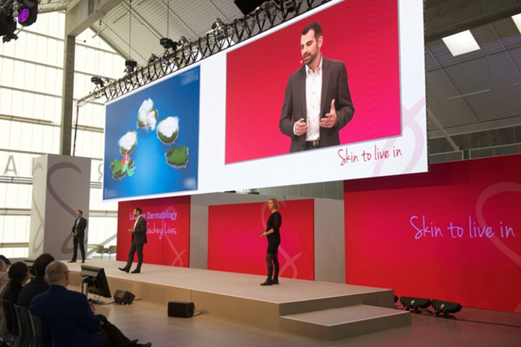 P4 Indoor led panels For video advertising in Australia